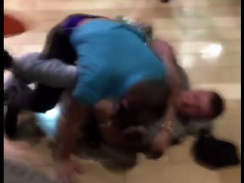 Brawl in Kentucky mall kicks off Black Friday violence