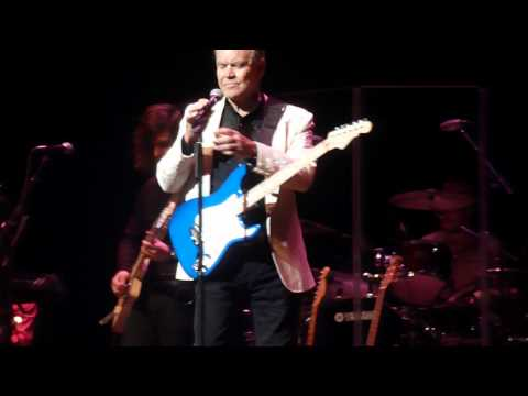 Glen Campbell performs Witchita Lineman