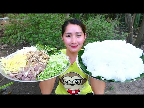Yummy Rice Noodle Cooking Fish Soup - Fish Soup Recipe - Cooking With Sros