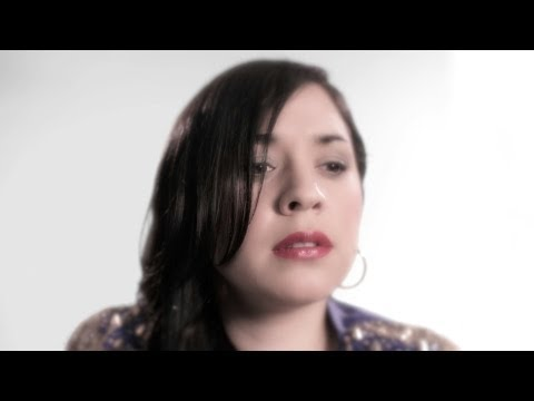 Carla Morrison - Disfruto (Video Oficial)