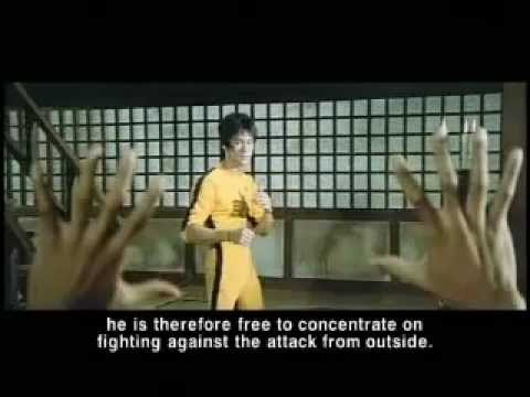 Bruce Lee  كريم عبد الجبارالاسم العربي الدي مثل مع بروسلي