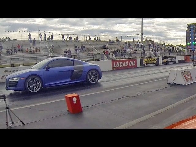 2014 Audi R8 V10 Plus vs 2012 McLaren MP4-12C Drag Racing 1/4 Mile