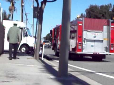 persona atropellada por camion del FED EX.