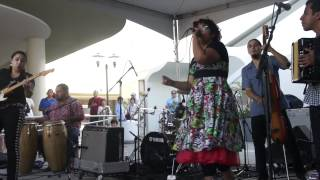 "La Santa Cecilia ""La Negra"" & ""Pump Up The Jam"" & ""Ya Se"" @ Make Music Pasadena 6-16-12"