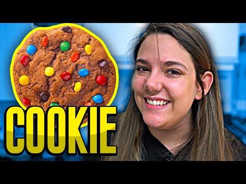 COOKIES COM GOTAS DE CHOCOLATE!! *ou quase isso* 🍪👩🏼🍳 thumbnail