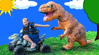 Paw Patrol Lookout Jurassic World Dinosaur Hide N seek with the Assistant