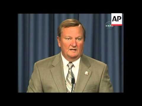 Presser as gas leak postpones space shuttle Discovery launch