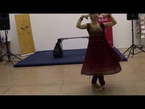 Indian Dance Group Shakti - Loredana - Nain Se Naino Ko Mila video