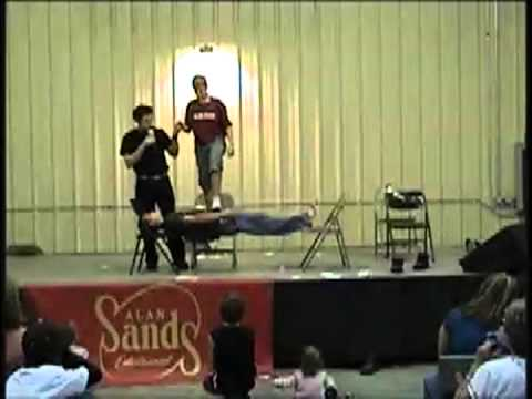 Fairs Demo 2012 - Comedy Hypnotist Alan Sands/The SandMan