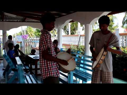 Guyanese Tappu Drum video
