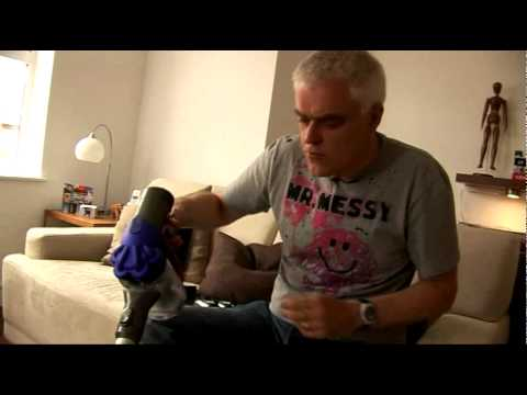 The Gadget Show: Dyson Digital Slim