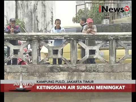 Waspada banjir Ibukota, pasca banjir warga bersihkan rumah - Jakarta Today 11/02