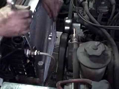 How to Change a Ford Explorer Radiator
