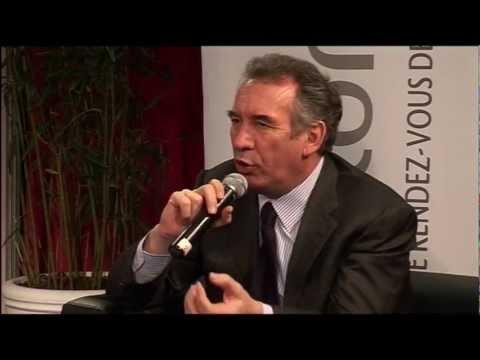François BAYROU en visite au Salon des Comités d'Entreprise