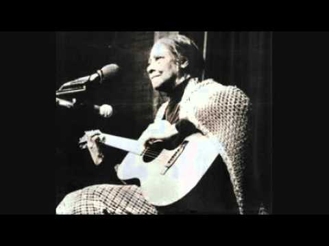 Elizabeth Cotten - When I Get Home