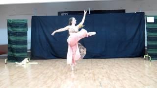 Cassandra Parparim Belly dance with ballet pointe shoes