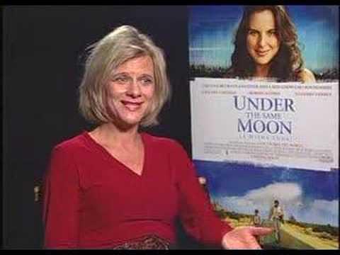 Kate del castillo 39 julia la misma luna 39 stephen holt show for Mural la misma luna