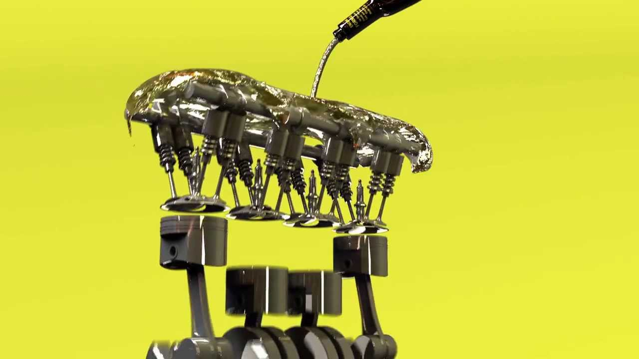 El cepillo de dientes sobre la gasolina