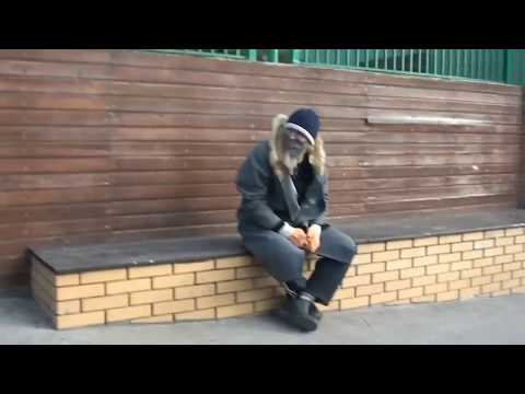 .ne, Бомж Секретный Миллионер)) 3 часть Усть-лабинск / Краснодар Пранк Обнял поднял заплакал