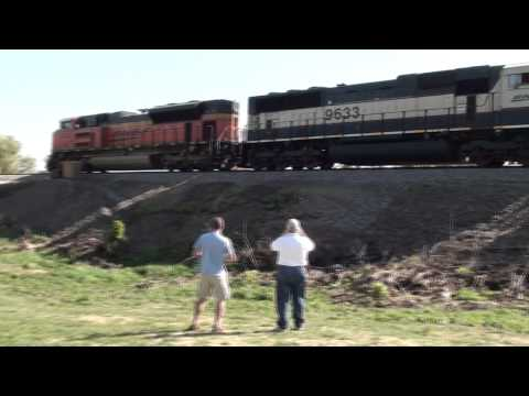 Rails Chicago Visits Galesburg, IL- Day 2 Pt. 1: Peck Park & Amtrak Depot (10-8-11)