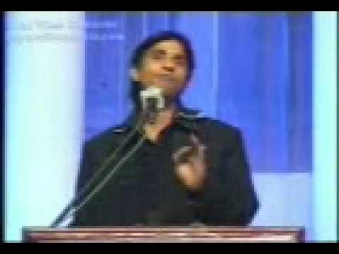 Dr.Kumar Vishvas Indor (comedy + Poem) 211