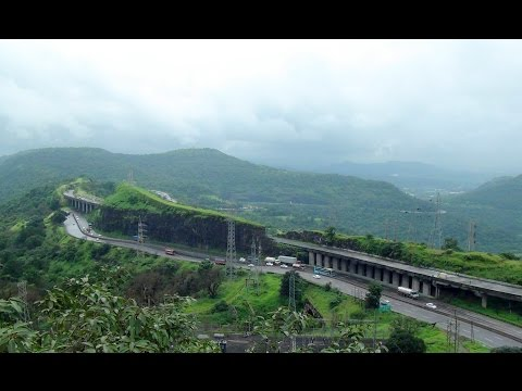 Out Of The World Coverage Of Mumbai Pune Expressway, Indian Railways & Old Pune-mumbai Highway video