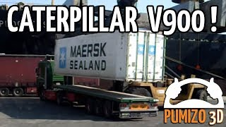 Caterpillar V900 unloading a reefer container