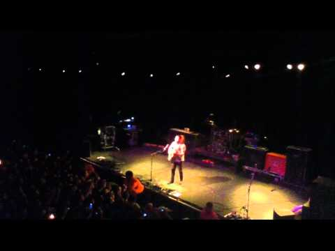 coheed and cambria [claudio sanchez] - 'wake up' [acoustic]. 10.10.10 - milwaukee, wi.
