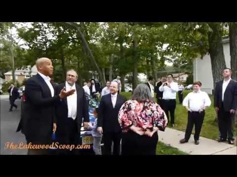 Cory Booker in Lakewood 9 14 14