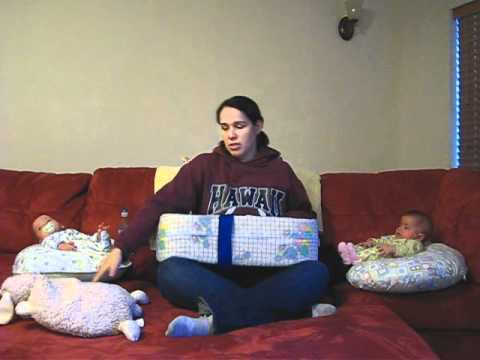 How To Tandem Breastfeed Twins Youtube