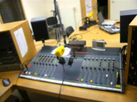 16.03.2013: DeLuxe FM - Ems-Vechte-Welle via Radio 700: 3.985 kHz, 95,6 MHz & inside Studio Lingen