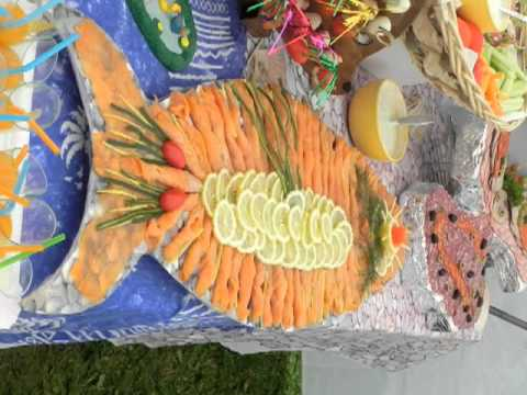 D coration buffet froid decoration of cold buffet youtube for Plat decoration traiteur