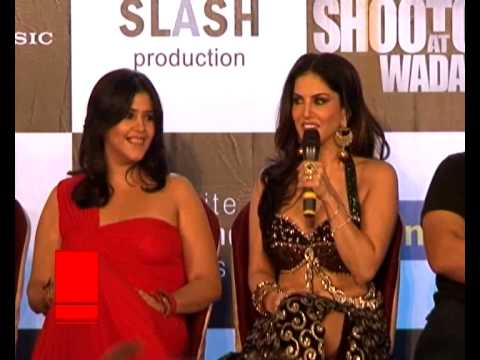 Sexy Sunny Leone Strips For Diamond Trader's Party In Pune | Latest Bollywood News video