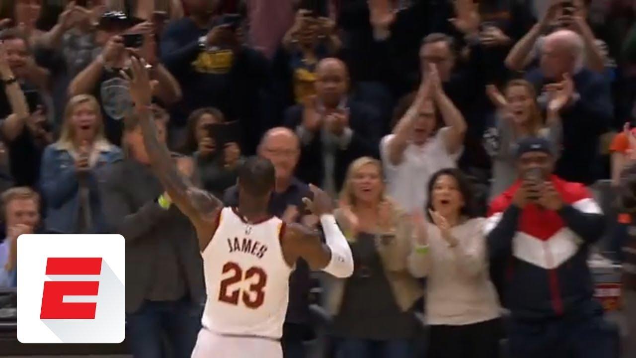 LeBron James surpasses Michael Jordan with double-clutch jam | ESPN