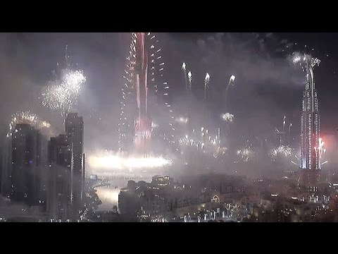 Watch: Dubai New Year 2015 fireworks in full