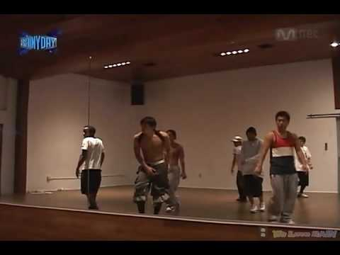 090725 Rain Bi *SHIRT OFF!* Practicing Rainism Dance In LA Studio