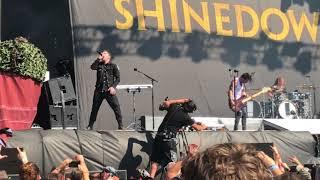 Download Lagu Shinedown - Enemies (Live In Firenze, 16/06/18) Gratis STAFABAND