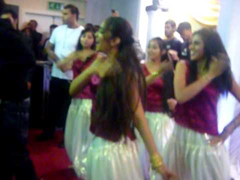 The Bollywood Divaz  Venue (Imran Khan Event) - Hey Girl
