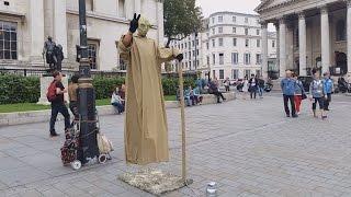 Floating and Levitating secret revealed London street performers