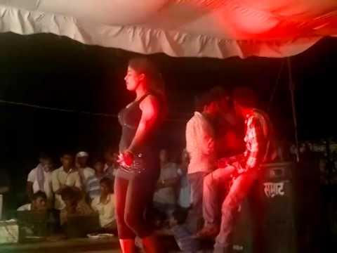 Baluwa Mahrajganj  Kamar Hilela Ho Kamr video