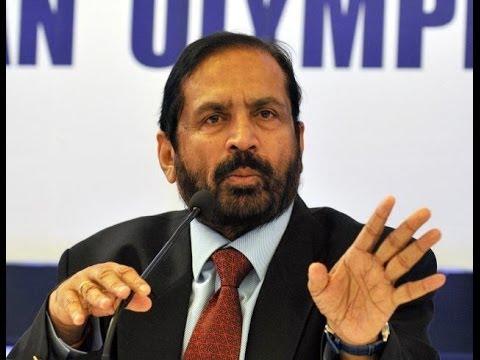 Suresh Kalmadi toes Congress line