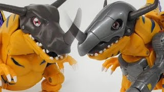 Greymon evolve into MetalGreymon(グレイモン進化メタルグレイモン)-Bandai Digimon Digivolving Figure Toy