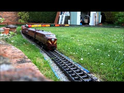 Train-spotting on the GWRR garden railway