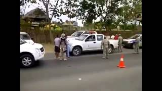 Policias Fail Compilation, The Police Lol