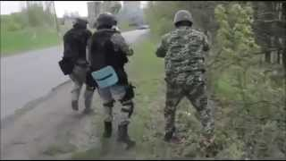 Live firefight Ukranians vs Ukranians (Army vs Citizens) 04 24 14