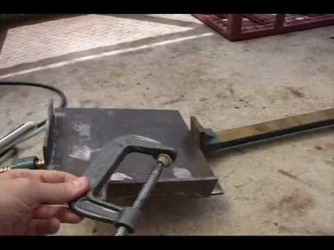 Diy Corner Clamp Jig Weekend Welding Warrior Youtube
