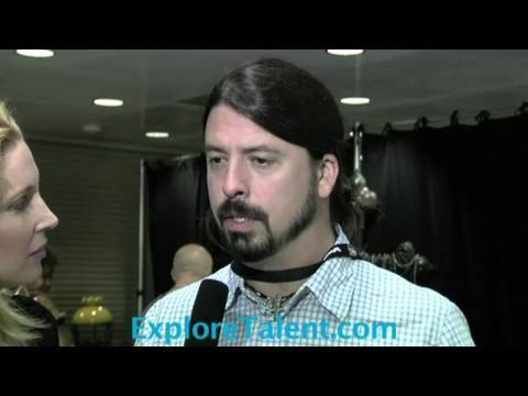http://www.ExploreTalent.com David Grohl lead Singer of Foo Fighters gives tips for up and coming new talents. Exclusive Interview for ExploreTalent at the M...
