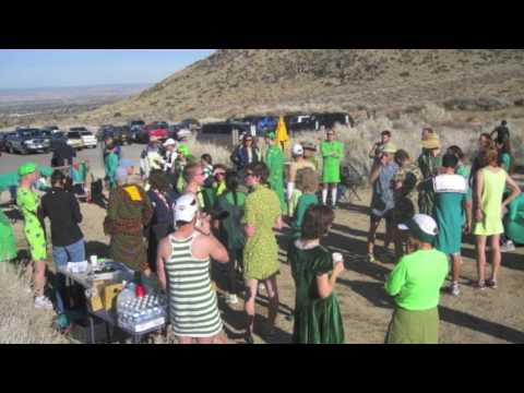 Albuquerque Road Runners Green Dress Run