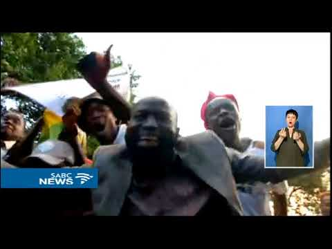 BREAKING NEWS Celebrations in Zimbabwe as Mugabe resigns