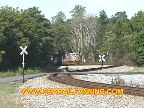 NS Train I4E Passing thru the S-Curve in Douglasville, GA
